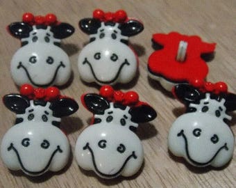 Plastic buttons with cow head foot