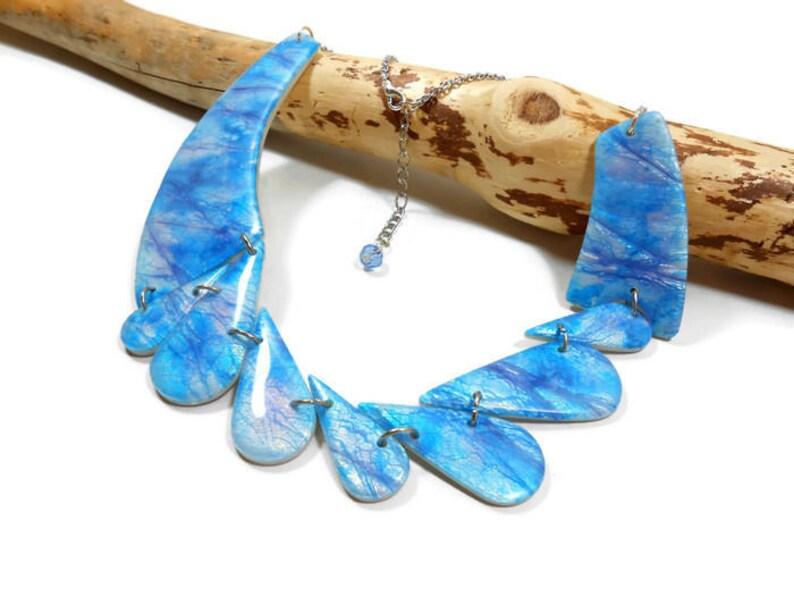 a4b33b745df5 Babero collar azul blue collar collar geométrico collar