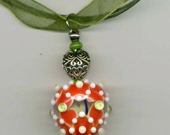30% discount on this ORGANZA/cotton necklace, Lampwork Glass pendant