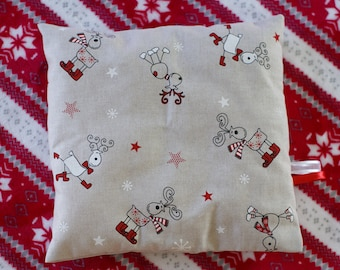 Christmas pillow cover in linen, reindeer, stars and ribbons
