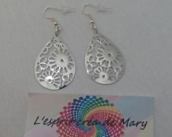 Earrings charm drop flower print design