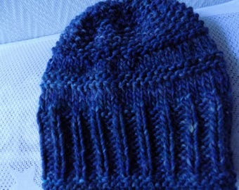 Blue and green knit hat, one size.
