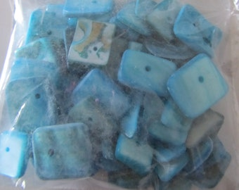 sachet 55 grams of Pearl square flat blue - different sizes - shell beads