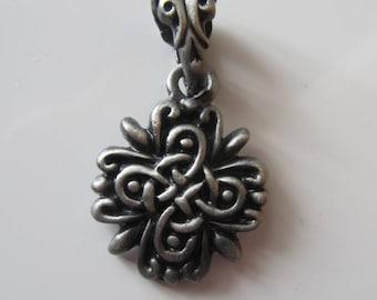 Celtic tribal ethnic pendant made in Tin, nickel - Original