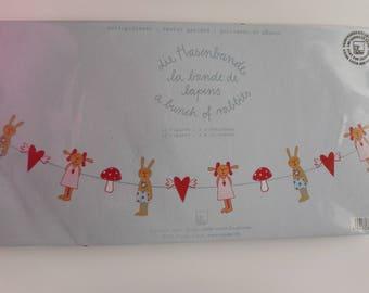 Decorative chain, 12 characters banner and hearts Garland - rabbits band