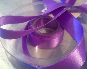 Satin ribbon double sided col 302 Parma violet