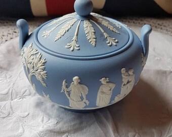 """Vintage """"Wedgwood Jasperware"""" 1956 Lidded Sugar Bowl- Repair Lid- Made in England!"""