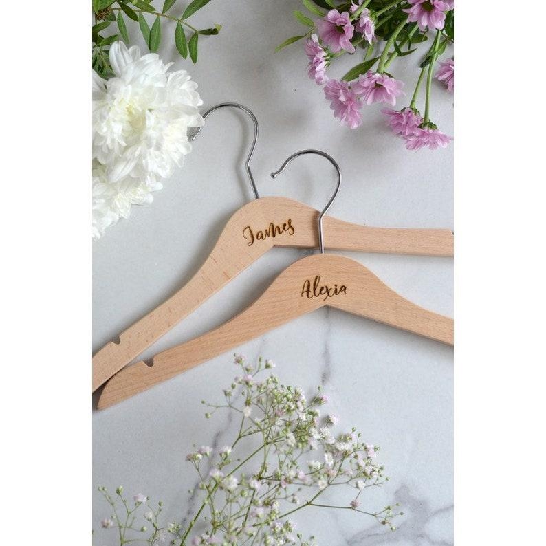 01f79a3e1171c5 Aangepaste hanger / hanger met naam / kind ernstige hangers /   Etsy