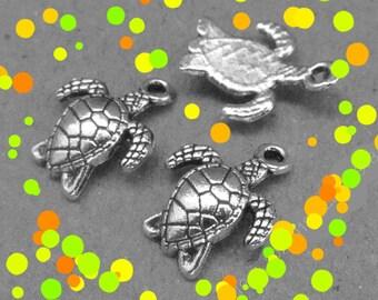 5 small sea turtle pendants, curved, antique silver color