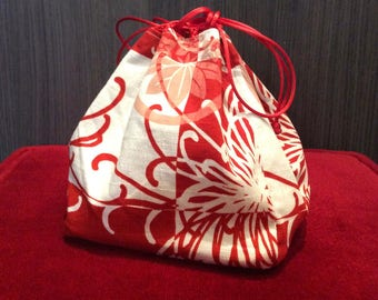 Purse in rust and cream Japanese printed cotton (for kimono)