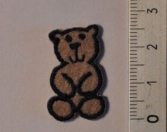 Patch, applique, brown bear