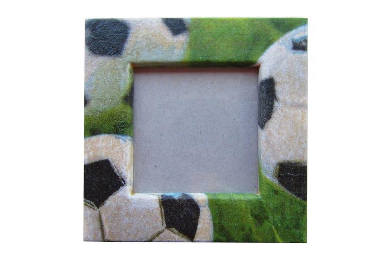 Mini Kühlschrank Fussball : Kühlschrank magnet fußball lieben rahmen rahmen holz etsy