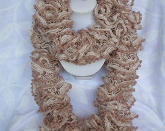 Beige frill scarf with pompons