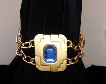 Vintage gold tone monet modernist bracelet.