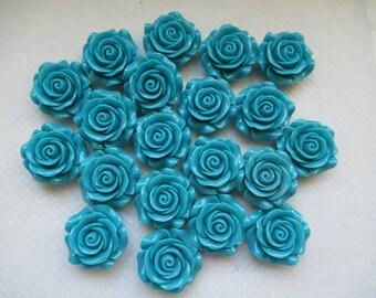 CAMEES ROSES BLEUES lot de 20 camées  3 cm  motif roses fleurs en résine couleur bleu azur a coller sur tous supports