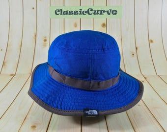 84ec4e2df8a Vintage The North Face Bucket Hat Size M Winter Cap