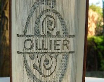 DECOUPEZ VOUS-MEME  Votre nom ou n'importe quel mot sur un livre sculpté