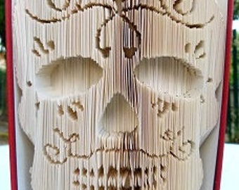 "Sculpture sur livre ""Sugar skull 3D"""