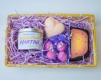 Passion Fruit Martini Gift Set - Passion Fruit Martini Bath Bombs, Passion Fruit Soap, Passion Fruit Martini Candle, Christmas Gift