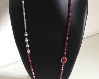Elegant necklace with marcasite cabo