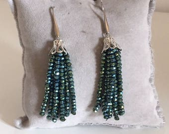 GREEN NAPPINE EARRINGS - beetle green bean earrings