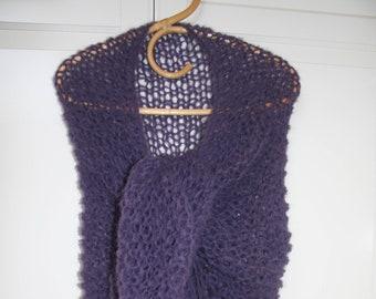 Grand châle en alpaga et laine, aérien et duveteux, tricoté main, Idée  cadeau, Fête des mères, Mothers  Day bc7295e4d7c