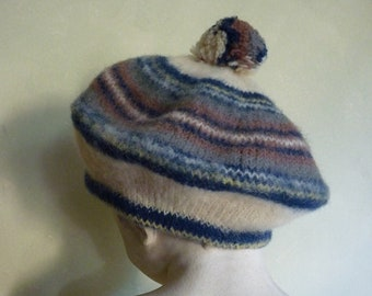 Very cute beret brand vintage Burberrys of London (made by Robert Mackie of  scotland Holm mill Stewarton. Muted Blue Stewart) 4ae137fa33ae