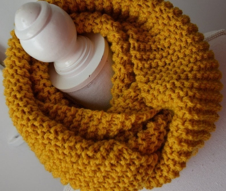 e08a359a8ab Echarpe laine tube-snood femme-Snood moutarde en laine-Mustard