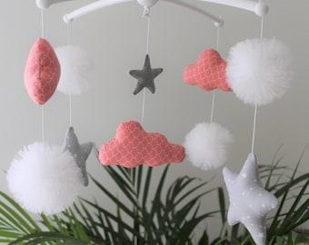 baby mobile coral/grey/white PomPoms