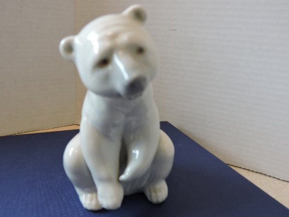 Polar Bear Resting Lladro Porcelain Collectible Figurine Spain Etsy