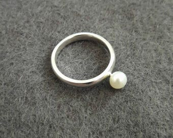 Pearl Pinky Ring