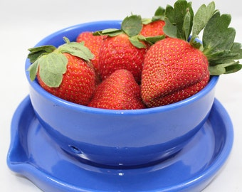 Ceramic Berry Bowl with Tray