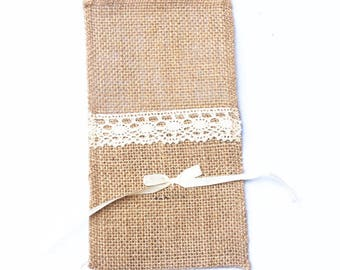 21 *11CM bowknot Pocket Burlap Lace Knife and Fork Bag For Wedding Decoration linen lace  Linen Flatware Holder, Burlap Cutlery Pocket。