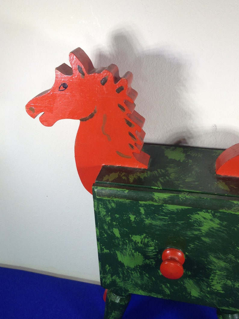 Wooden-Red and Green Horse-Knick knack Holder- Jewellery Box-Novelty Drawer Trinket Holder-Hand Made Vintage Horse Shaped Treasure Box