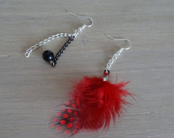 Original earrings / dangle earrings on one side red and black feathers and the other side chain and Black Pearl