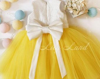 0a1d4dd198 Yellow and ivory girls dress flower girl dress sunflower theme girls party  birthday girl dress yellow tulle dress for girl baby dress