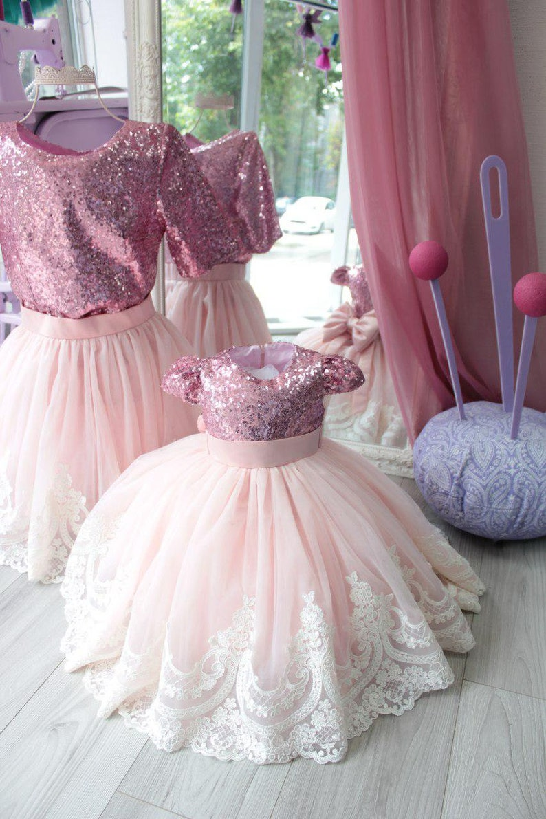72d40f762ce9 Pink Mother daughter Matching dresses For mother and me Mommy
