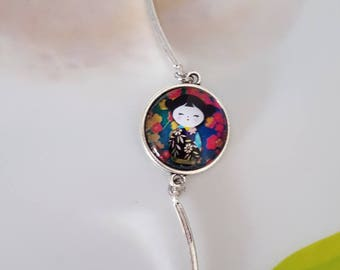 Chinese doll Cabochon bracelet