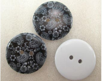 Set of 5 resin flower buttons