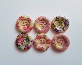 Set of 5 floral wooden buttons