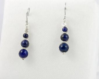 Lapis lazuli beads earrings.