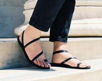 d4aba0f8ed9014 Toe ring black sandals