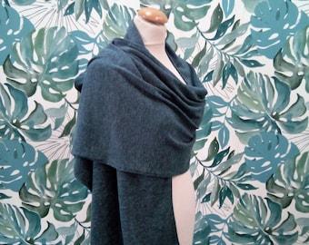 oil blue knit shawl