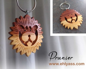 Closed wooden junk bracelet handmade in whirling and engraving by Ehlyass