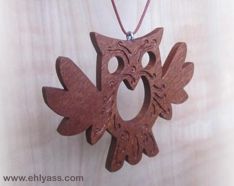Hanging OWL flying in Sapele wood