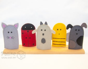 Set of 5 animal finger puppets, Simple wool felt miniature farm animals and pets for toy theatre