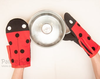 Ladybird Oven Mitt and pot holder | Cute Ladybug Oven Glove and Hot Pad