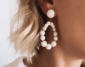 Vintage Creole earrings in white pearls for women