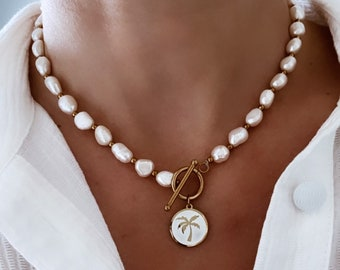 Toggle clasthe collar and mother-of-pearl pearl for women
