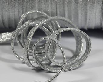 4 m of plain Silver metallic piping 10mm